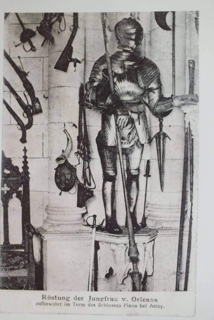 Armour-de-Jeanne-d-arc